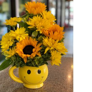 DiBella Flowers & Gifts Las Vegas - Know someone that needs a little pick me up? This adorable smiley face mug is sure to make their day.