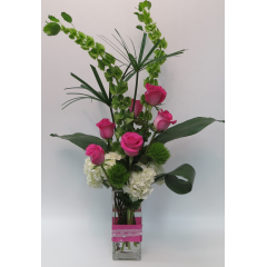 KD-616 Ribbons & Pearls Vase - As Shown