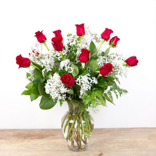 Long Stem Red Roses<br><i>1 dozen roses</i>