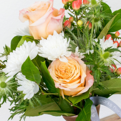 DIY Class: Flower Crown<br>Tues, Jun 8 | 5:30 pm<br />